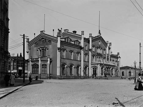 Helsingin vanha päärautatieasema vuonna 1907.