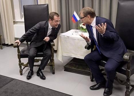 Dmitri Medvedev ja Juha Sipilä keskustelivat Oulussa perjantaina.