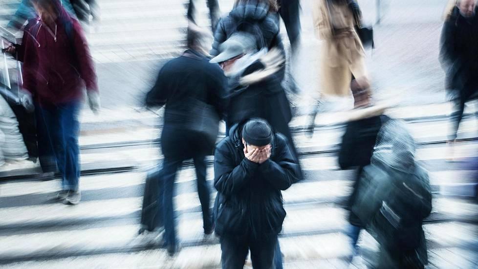Hyvin intensiiviset toistuvat kohtaukset ovat tyypillisiä paniikkihäiriön alkuvaiheessa.