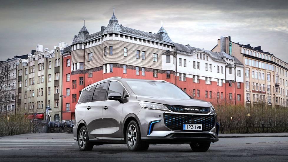 Ostaisitko kiinalaisen sähköauton? Maxus Euniq on täyssähköinen pikkubussi, jolla ajaa kaupungissa jopa 350 kilometriä.