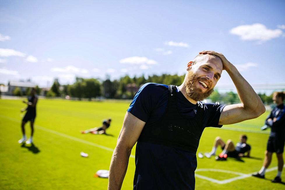 Timo Furuholm haluaa nauttia jokaisesta hetkestään FC Interin treeneissä ja peleissä.