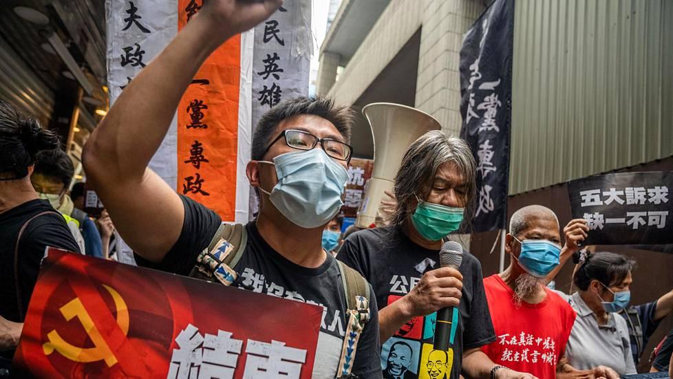 Mielenosoittajat vastustivat uutta kansallisen turvallisuuden lakia Hongkongissa 1. heinäkuuta.