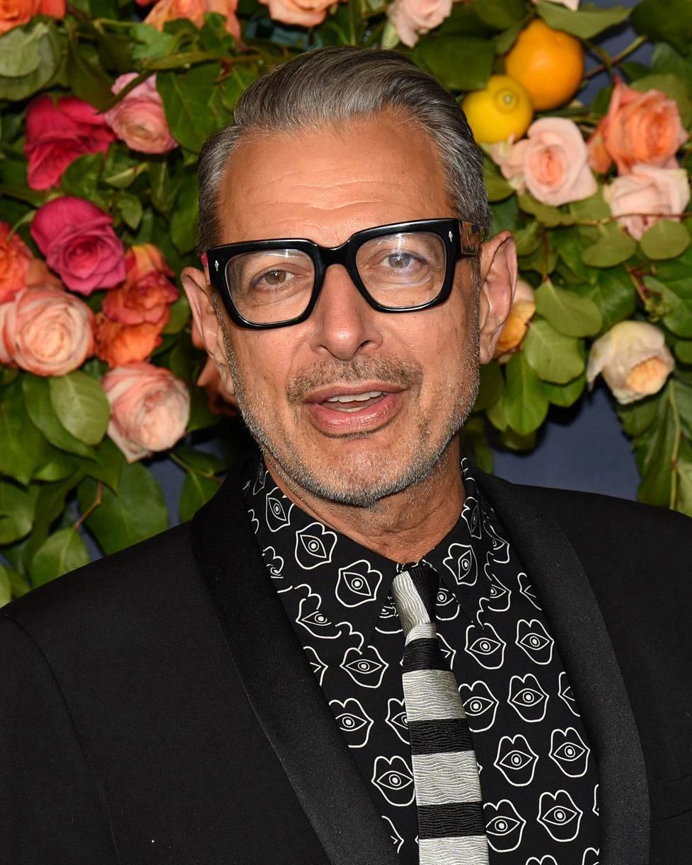 Näyttelijä Jeff Goldblumilla on nyt Disney+-palvelussa dokumenttisarja nimeltä The World According to Jeff Goldblum.