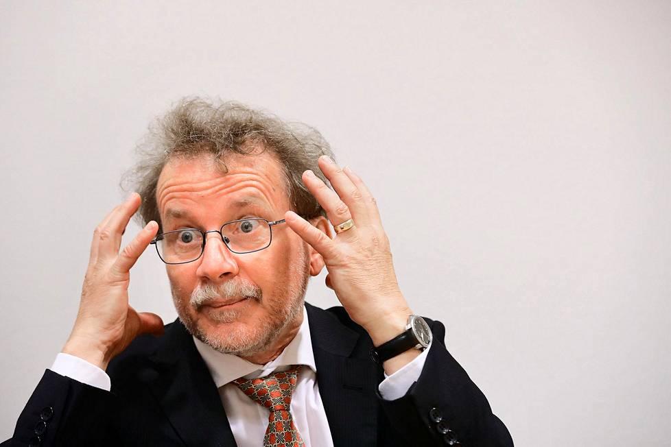 """""""Meidän on ymmärrettävä, että vanhat ihmiset ovat arvokkaita maalleen"""", sanoo saksalaisen Max Planck-instituutin ikääntymiskeskuksen johtaja, professori Axel Börsch-Supan."""