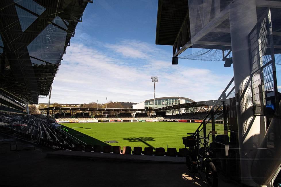Kuinka monta katsojaa Töölön Bolt-areenalle voi ottaa heinäkuussa?