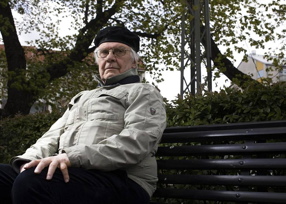Valtio-opin emeritusprofessori Kari Palonen soisi hallituksen nojaavan enemmän eduskuntaan kuin virkamiesten asiantuntemukseen.