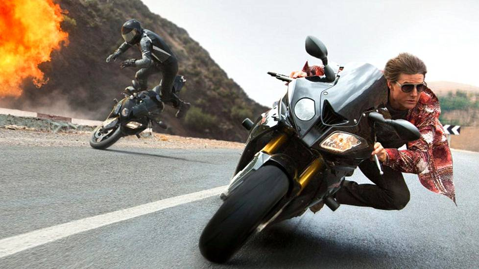 Tom Cruise elokuvassa  Mission: Impossible – Rogue Nation.