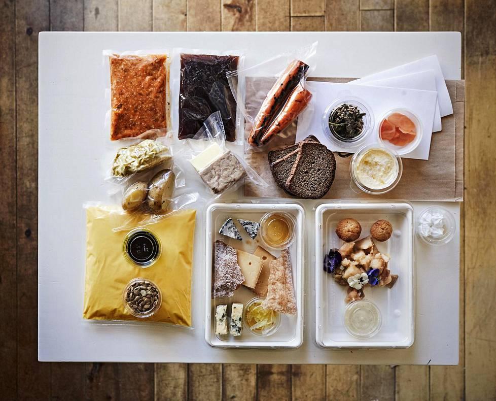 """Ravintoloiden illalliskasseissa tilaajan tehtäväksi jää yleensä aterian osien viimeistely ja """"pleittaaminen"""" eli lautasille asettelu."""