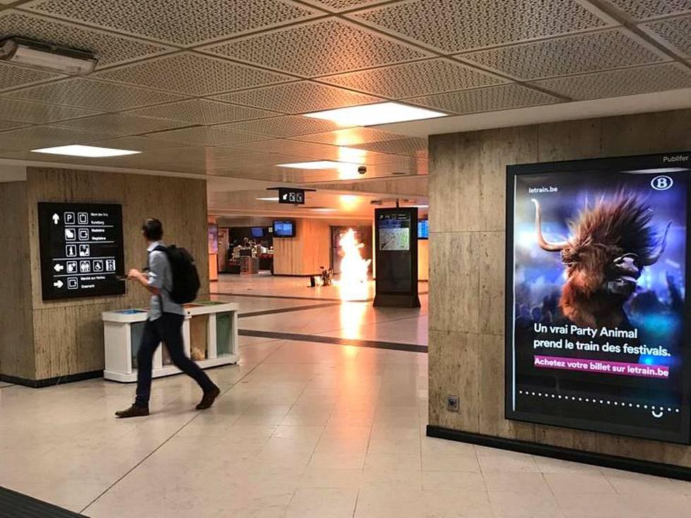 Brysselin rautatieasemalla räjähti 20. kesäkuuta. Tällä kertaa sivullisilta uhreilta vältyttiin.