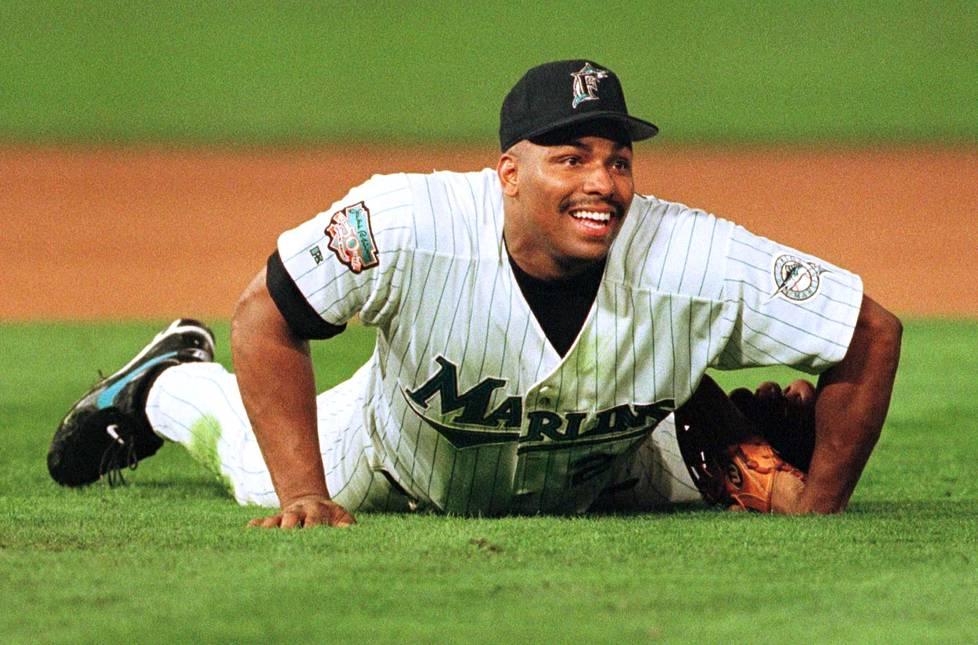 Bobby Bonilla voitti Florida Marlinsin kanssa Cleveland Indiansia vastaan vuoden 1997 World Series -loppuottelusarjan.