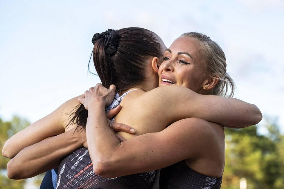 Annimari Korte (oik) halasi kovaa kilpakumppaniaan Reetta Hursketta Jyväskylän gp-kisoissa viime kesänä.