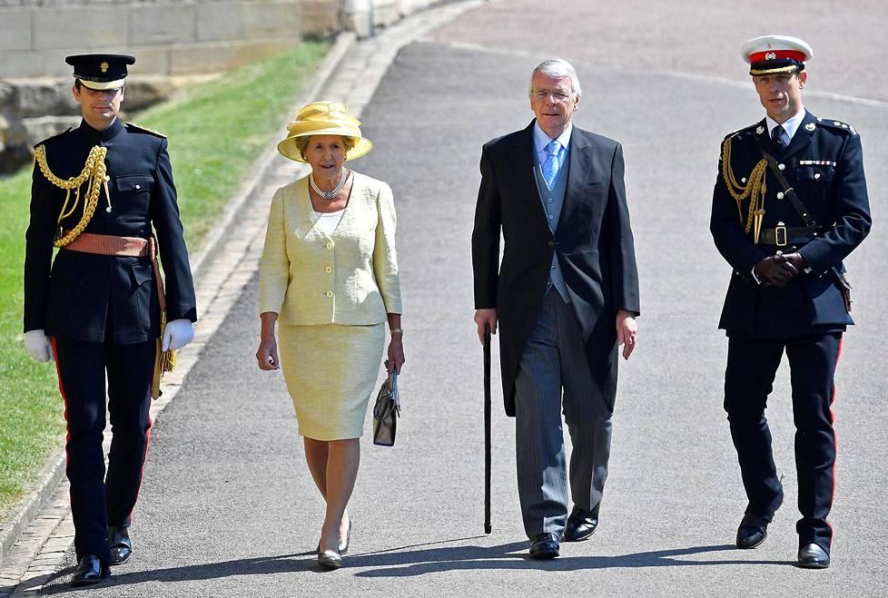 Britannian entinen pääministeri John Major ja hänen vaimonsa Norma Major.