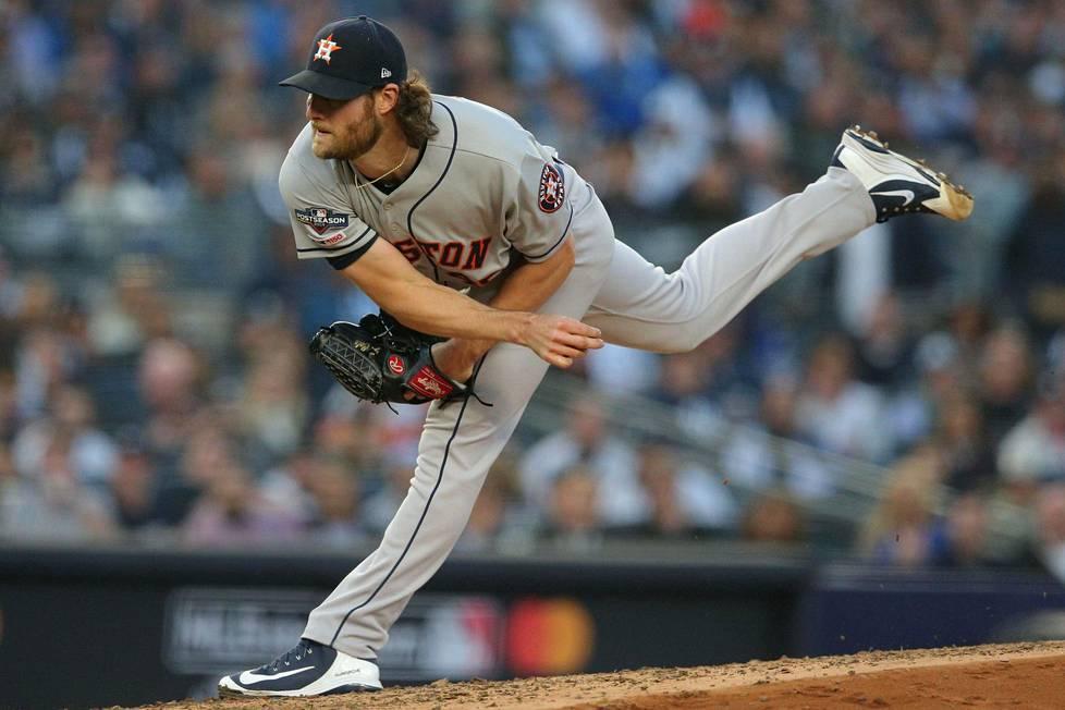 Gerrit Cole kohtasi Houston Astrosin riveissä tulevan joukkueensa New York Yankeesin syksyn pudotuspeleissä. Astros eteni loppuotteluihin voitoin 4–2.