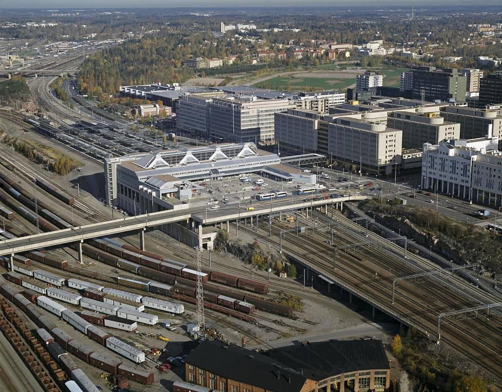 Pasilan rautatieasema vuonna 1995.