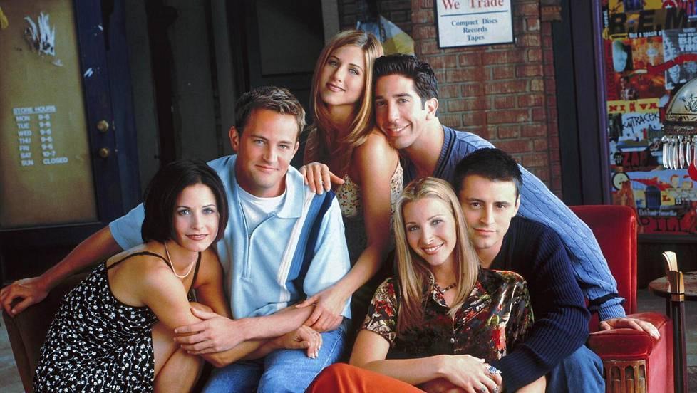 Vuonna 2004 päättynyt Frendit (eng. Friends) kerää yhä katsojat ruudun äärelle. Kuvassa: Matt LeBlanc (Joey), Courteney Cox (Monica), Matthew Perry (Chandler), David Schwimmer (Ross), Lisa Kudrow (Phoebe) ja Jennifer Aniston (Rachel).