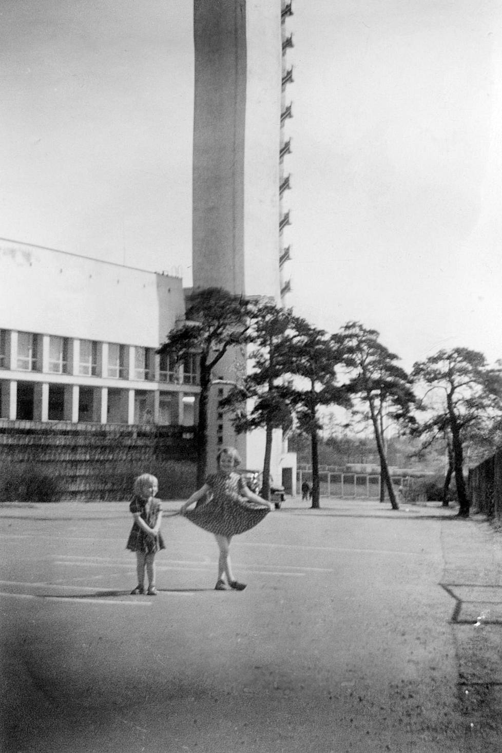 Tuula and Paula Stenroos playing in the courtyard of the Olympic Stadium in the 1950s.