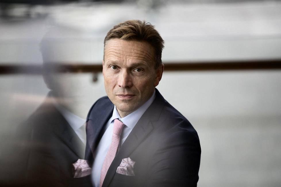 Kahdeksan eläkejohtajaa syrjään – OP:n pääjohtajaksi siirtyvä Timo Ritakallio erotti melkein ...
