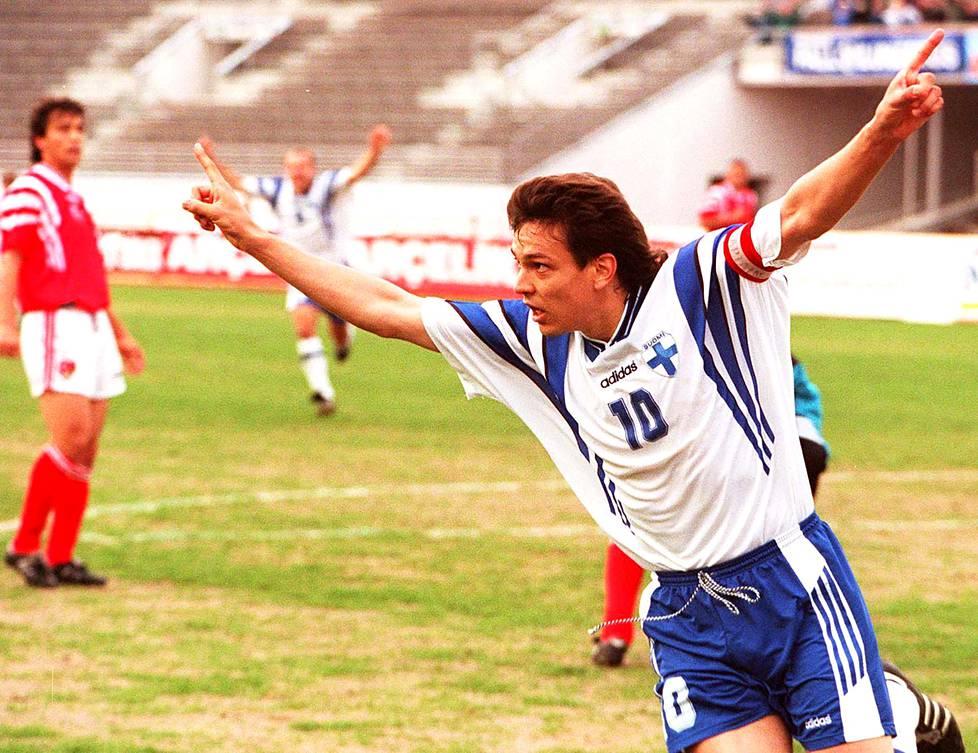 Jari Litmanen teki Suomen ainoan maalin ottelussa Turkkia vastaan kesäkuussa 1996. Turkki voitti 1–2.
