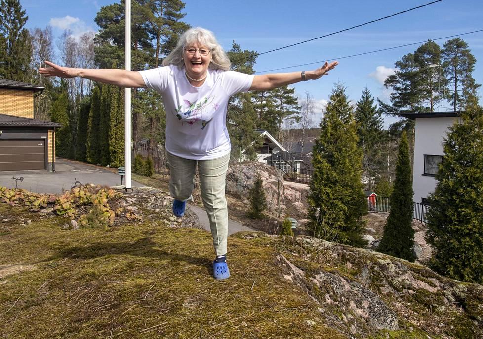 Kati Pap-Dévényi, 75, asuu nykyään Espoon Nöykkiössä.