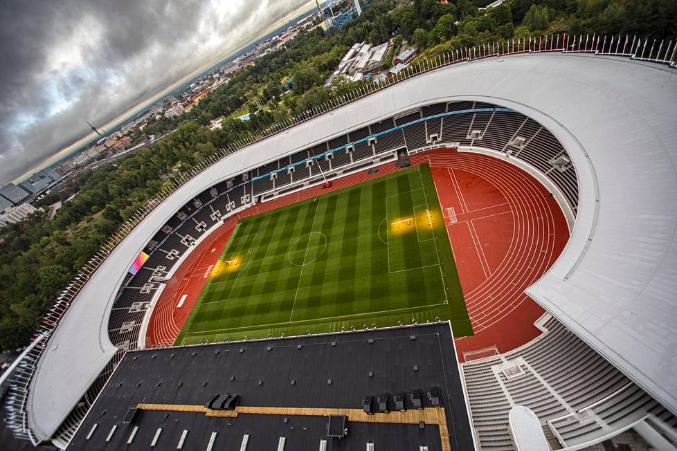 Helsingin Olympiastadionin kallis remontti valmistui.