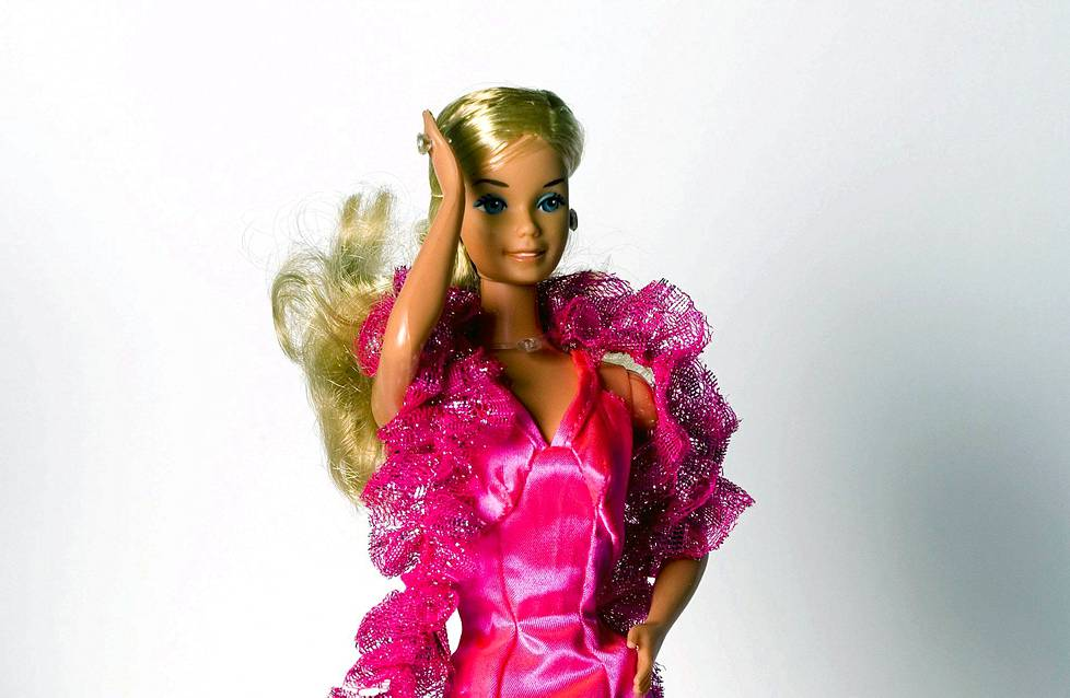 Super Star -Barbie vuodelta 1976.