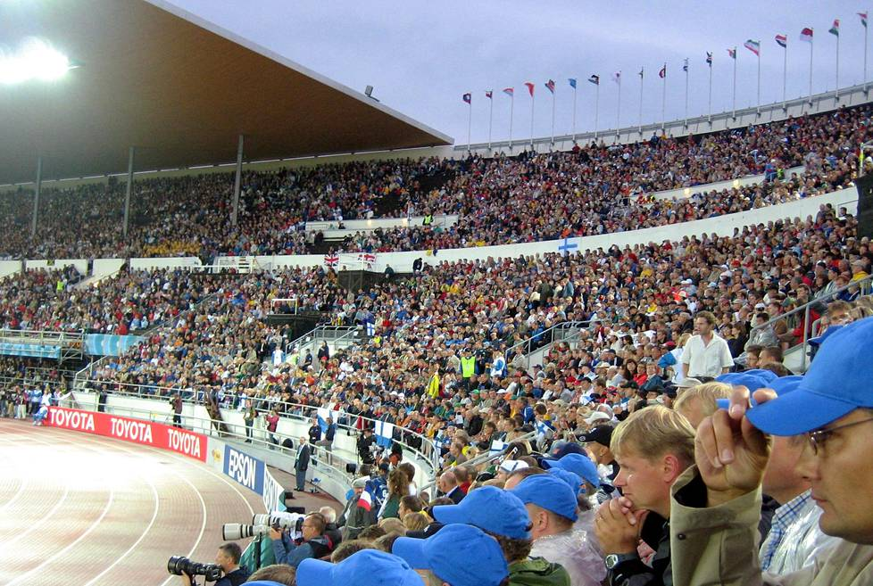 Helsingin yleisurheilun MM-kisat vuodelta 2005 muistetaan kaatosateesta. Kisojen aikana dopingista kärähti vain kaksi urheilijaa. Myöhemmin positiivisia näytteitä löytyi 20 venäläisurheilijalta.