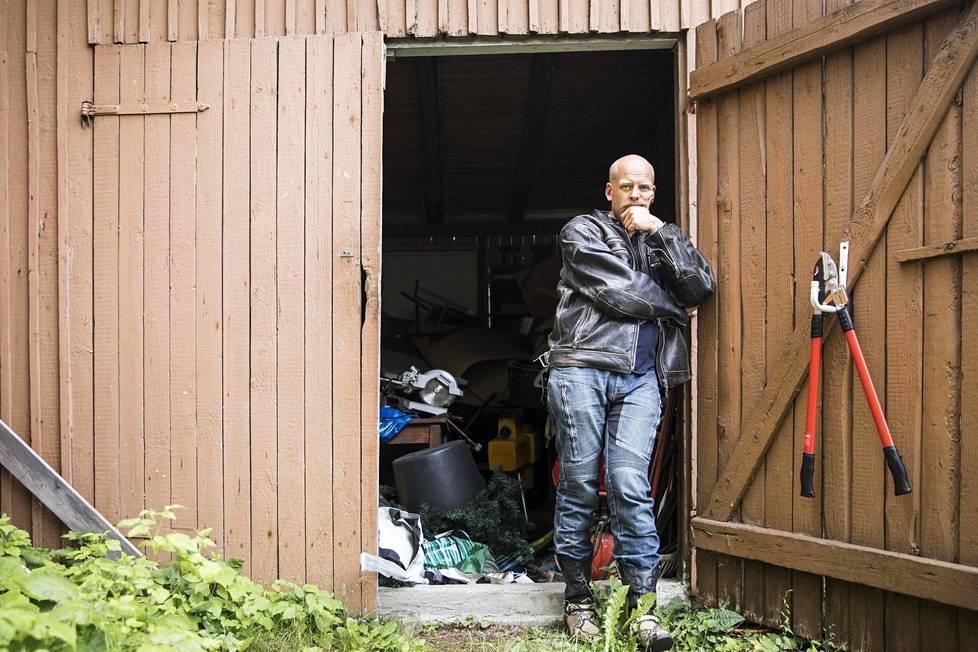 Janne Saarikivestä vaja-sana on kiinnostava, koska sen alkuperää ei kunnolla tunneta.