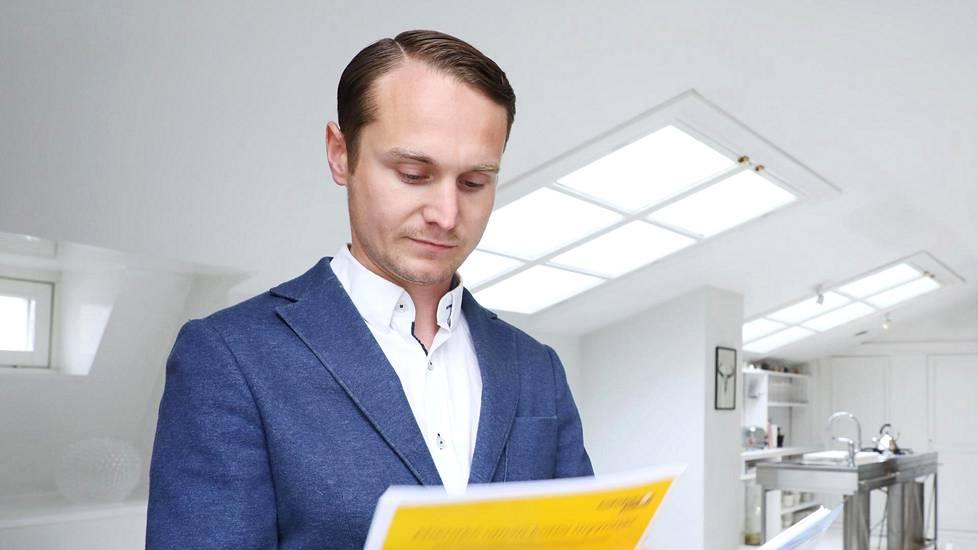 """""""Pahimmillaan näkemyserot hinnasta ovat olleet yli miljoona euroa. Jos ero on näin suuri ero, ei välittäjän kannata lähteä kauppaan mukaan"""", kertoo kiinteistönvälittäjä Sebastian Rostedt."""