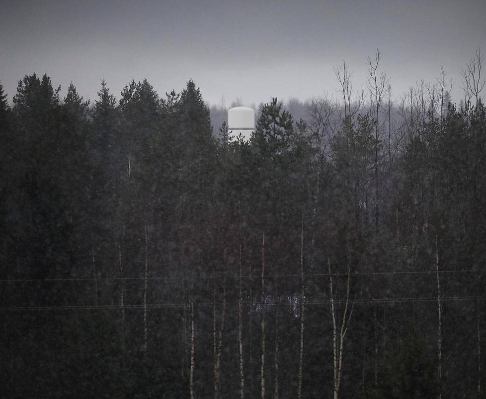 Jyväskylän Tikkakoskn tuntumassa sijaitsevasta Viestikoekeskuksesta näkyy hyvin vähän ulospäin. Lakiluonnokset kaavailevat yksiköstä internet-liikenteen suodattajaa ja avaajaa ilman rikosepäilyä, mihin Puolustusvoimilla ja Supolla ei nyt ole oikeutta.