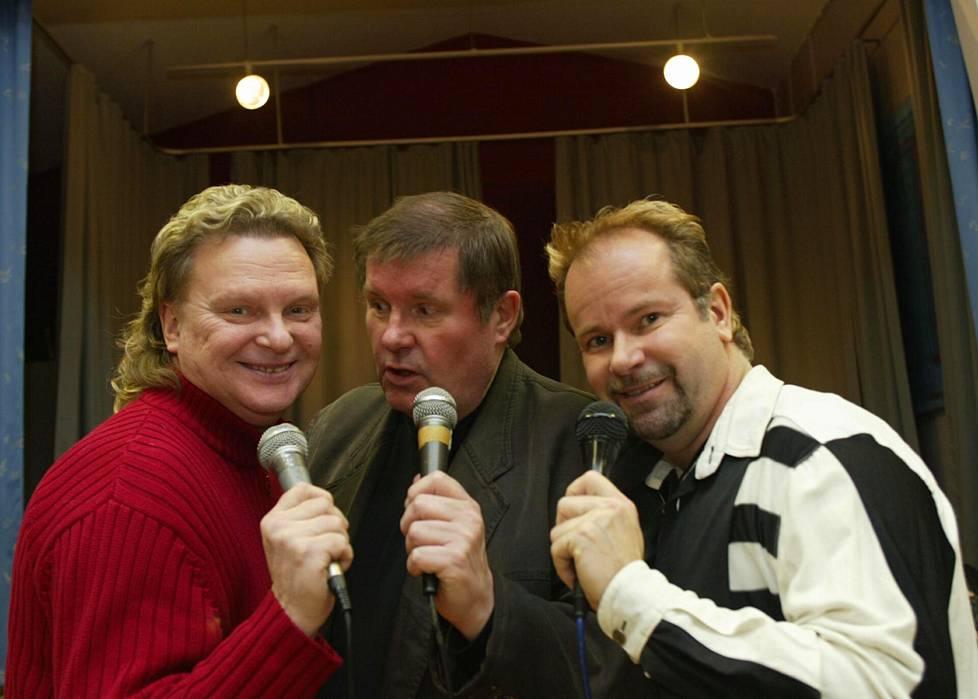 Vuonna 2003 esiintymislavoja kiersi Poptenorit: Pepe Willberg, Fredi ja Petri Laaksonen.