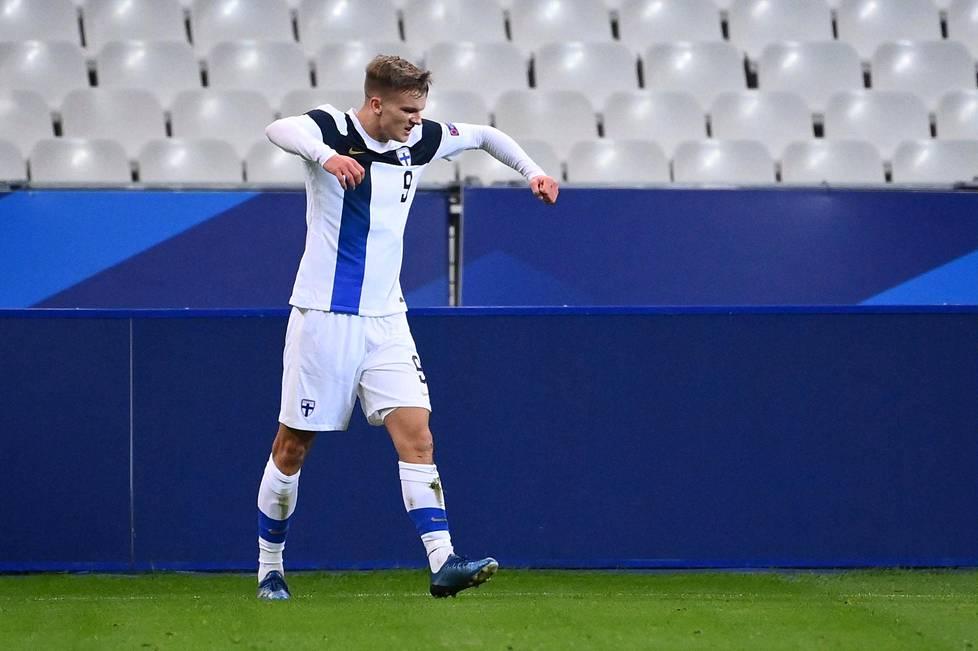 Marcus Forss, 21, pääsi tuulettamaan A-maajoukkueuransa avausmaalia heti debyyttiottelussaan Ranskaa vastaan.