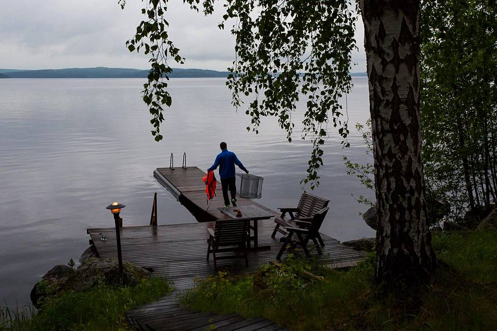 Kesämökkirantaa Padasjoella kesällä 2015.