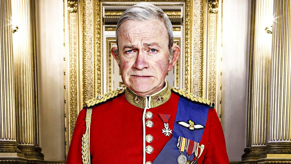Harry Enfield on prinssi Charles.