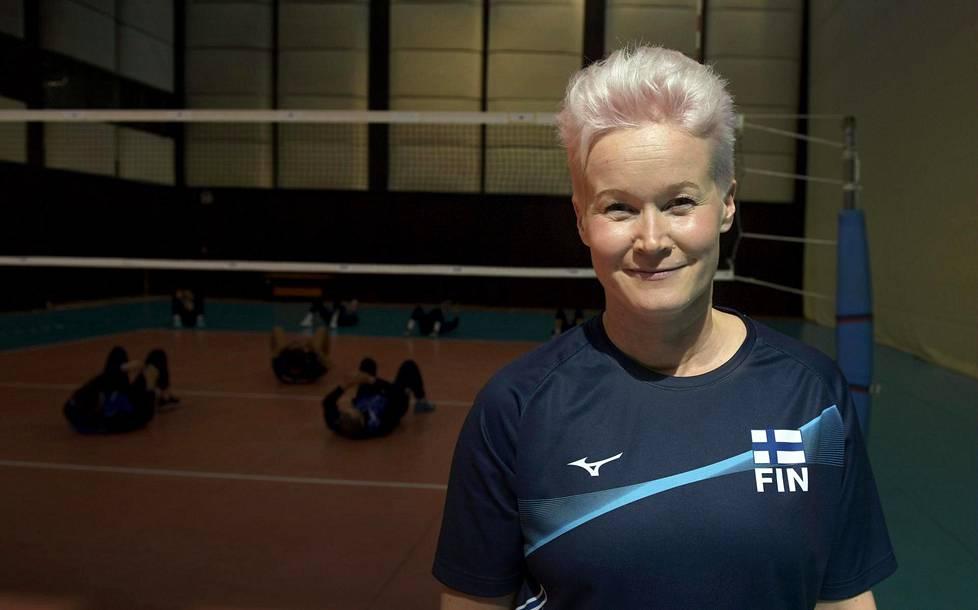 Olympiakomitean Jaana Lautrilan mielestä lasten ja nuorten liikuntaharrastusten koronarajoitukset olisivat voineet olla lievempiä.