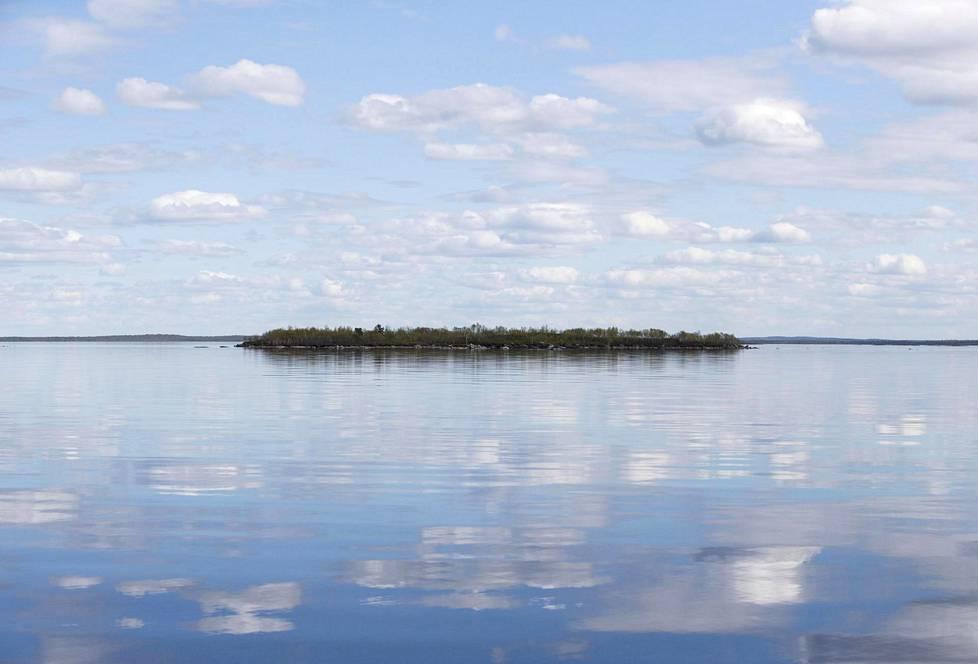 Tämä tunnettu järvi on mukana visassa.