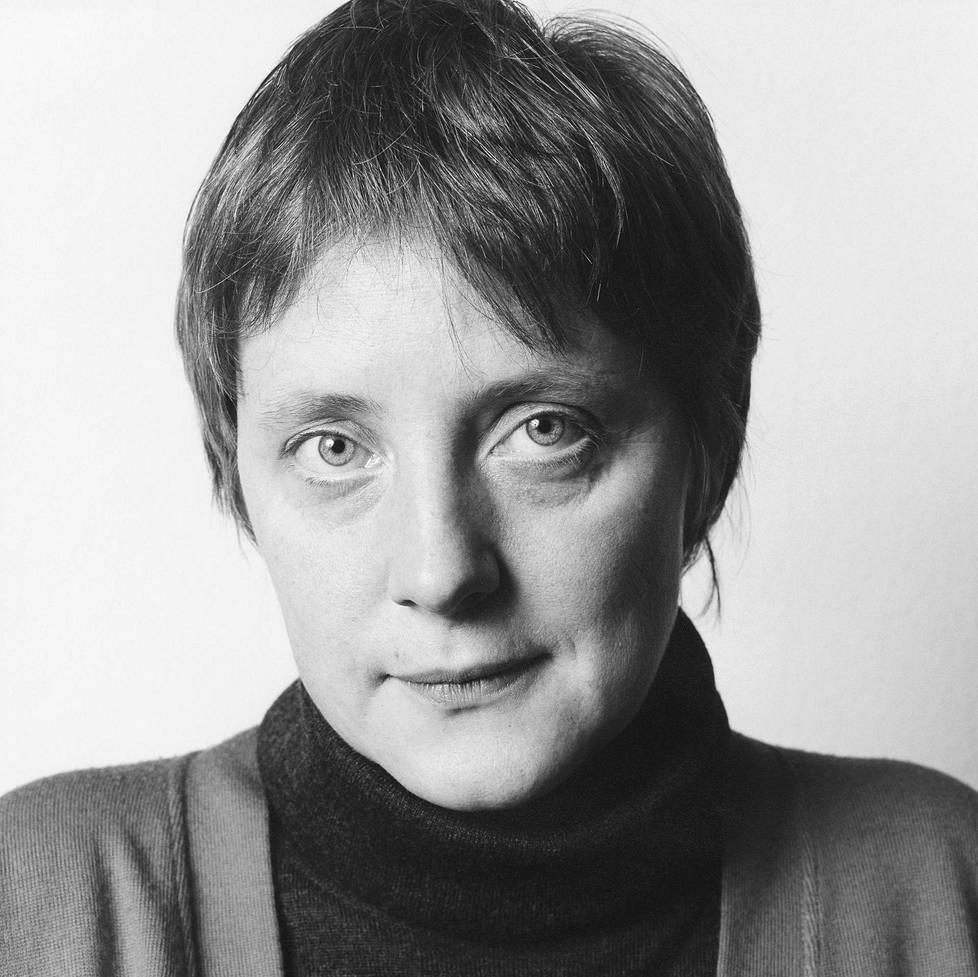 Angela Merkel Herlinde Koelblin valokuvassa vuonna 1991.