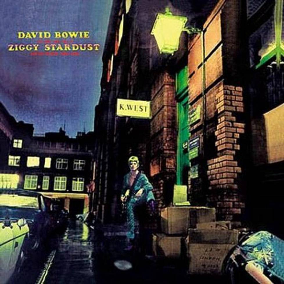 Bowien läpimurtoalbumi oli vuonna 1972 ilmestynyt The Rise and Fall of Ziggy Stardust and the Spiders from Mars.