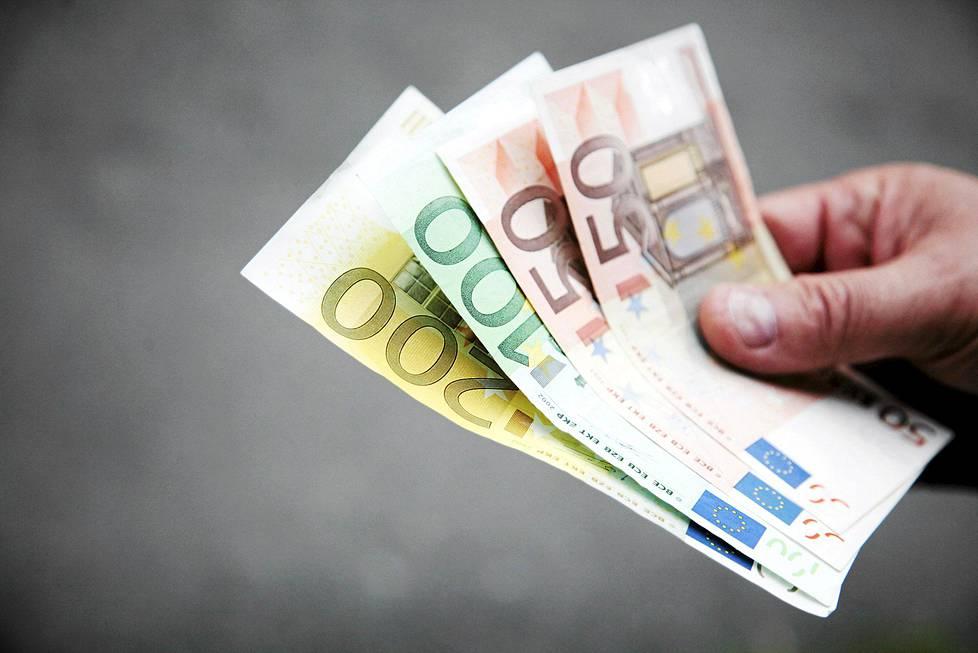 raha aikuinen suihin