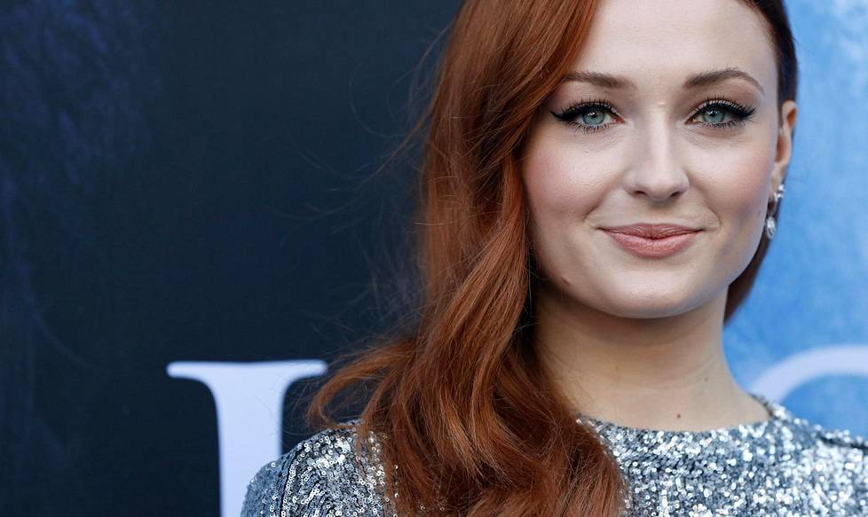 Sophie Turner esittää Game of Thronesissa Sansa Starkia.