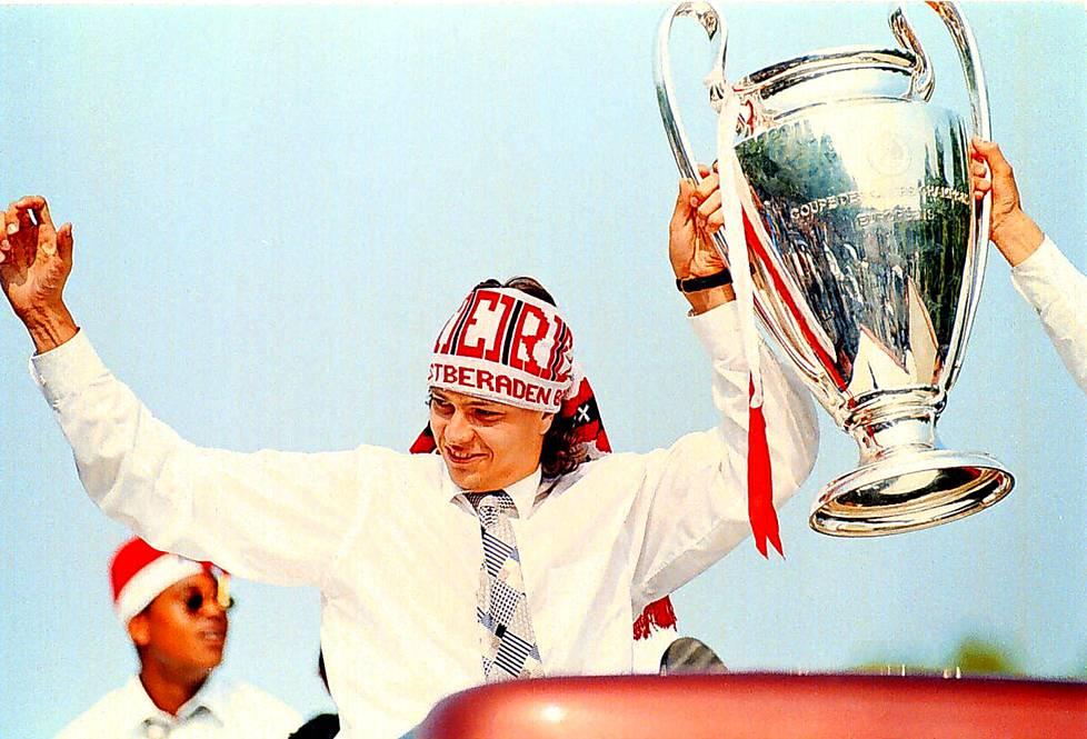 Mestareiden liigan voittoa juhlittiin Amsterdamissa 1995.