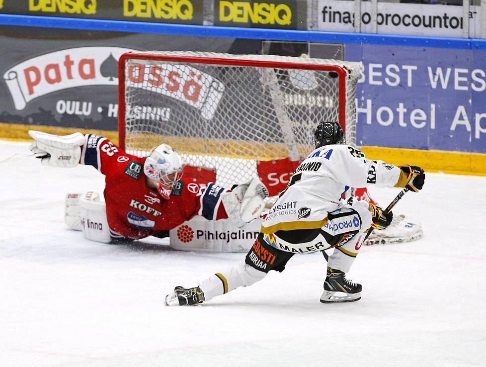 Tino Metsävainio ratkaisi Kärppien voiton jatkoerässä.