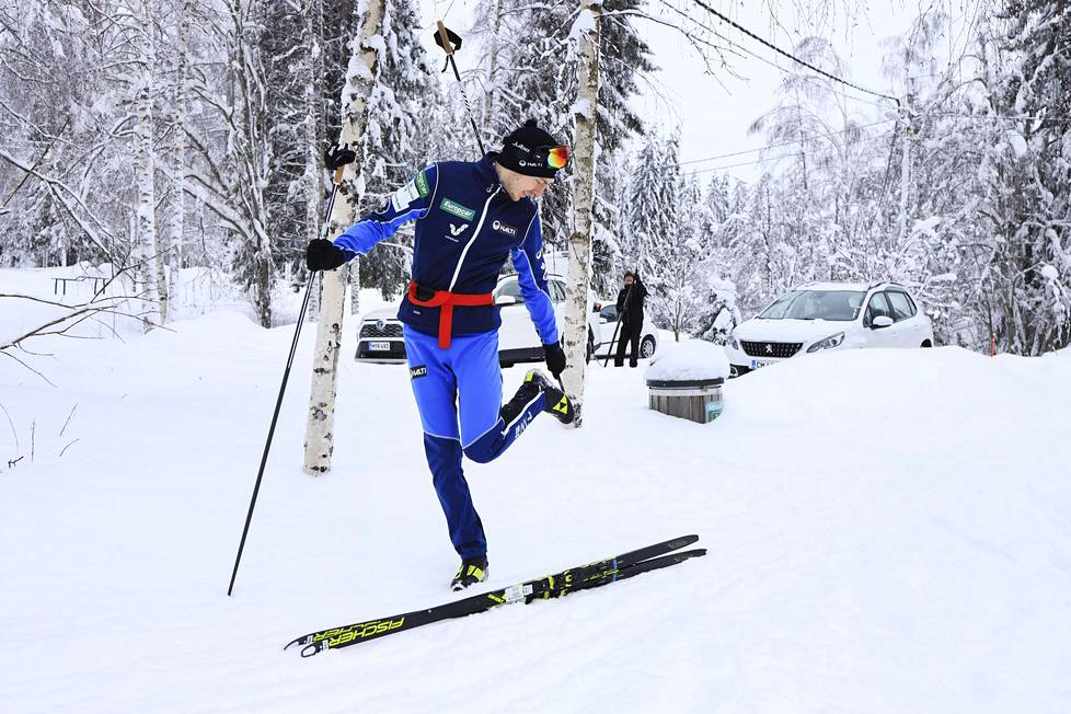 Although the combined only competes in the free skiing way, about a third of Ilkka Herola's ski training takes place in the traditional way.