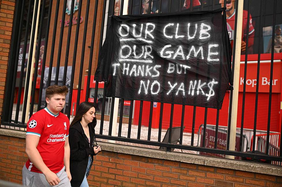 Myös Liverpoolissa vastustettiin yhdysvaltalaisomistusta, kun Superliiga-hanke tuli julkisuuteen.