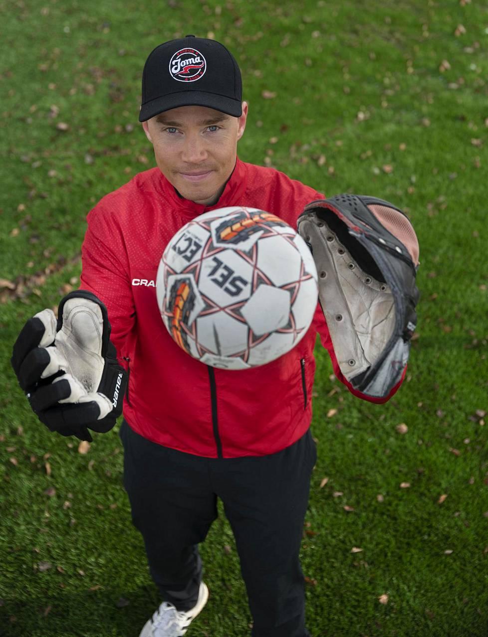 Joensuun Mailan pelinjohtaja Mikko Korhonen on työskennellyt valmentajana pesäpallo-, jääkiekko ja jalkapallojoukkueissa.