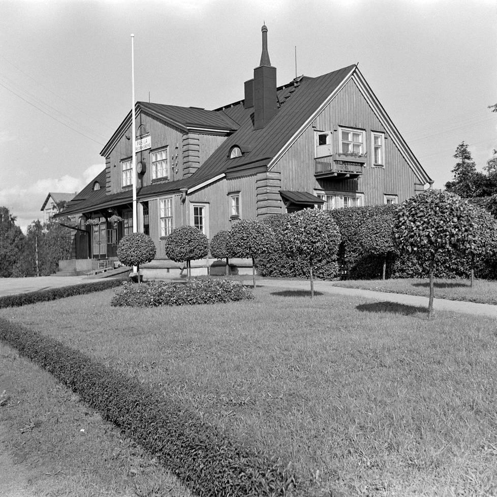 Pasilan asema vuonna 1956. Se siirrettiin Pasilaan Karjalan Vammeljoelta 1920-luvulla ja toimi asemana vuoteen 1984 saakka.