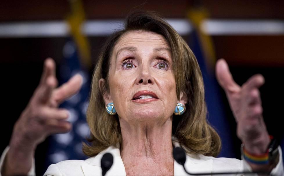 Nancy Pelosilla on perspektiiviä politiikkaan. Hän vieraili Valkoisessa talossa poliitikkoisänsä kanssa jo John F. Kennedyn valtakaudella.