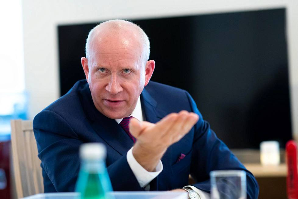 Helsingin Sanomat tapasi Airiston Helmen omistajan Pavel Melnikovin Latviassa Jūrmalan kaupungissa.