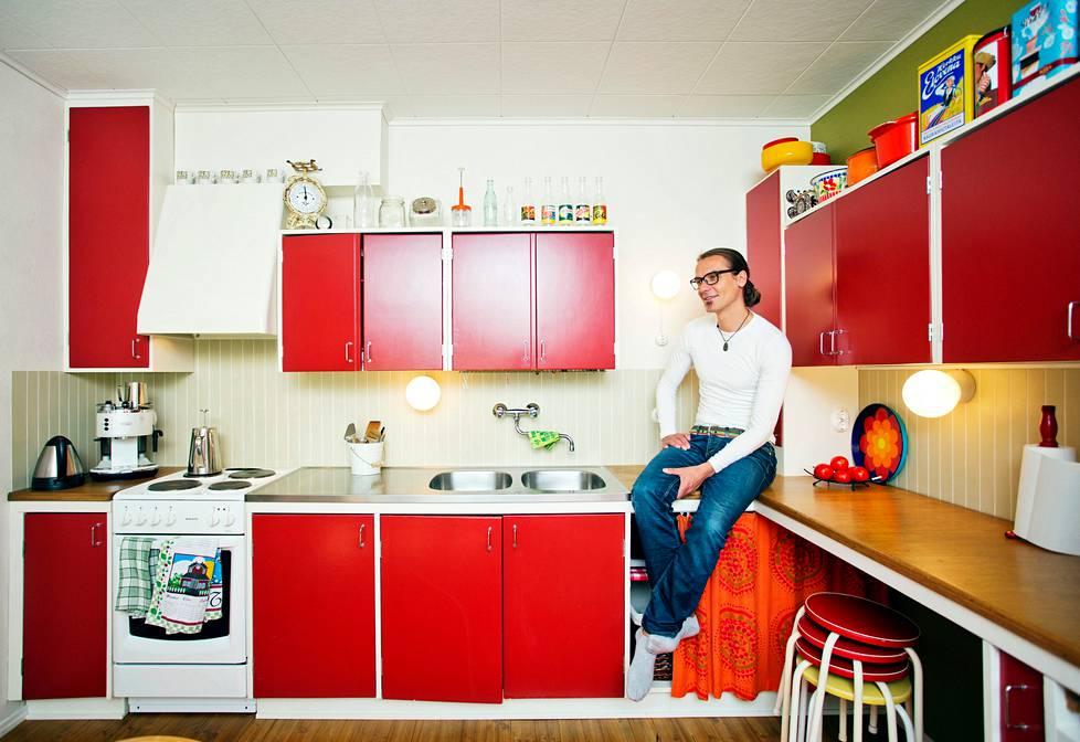 Näin perhe sai keittiökalusteet 500 eurolla - Koti | HS.fi