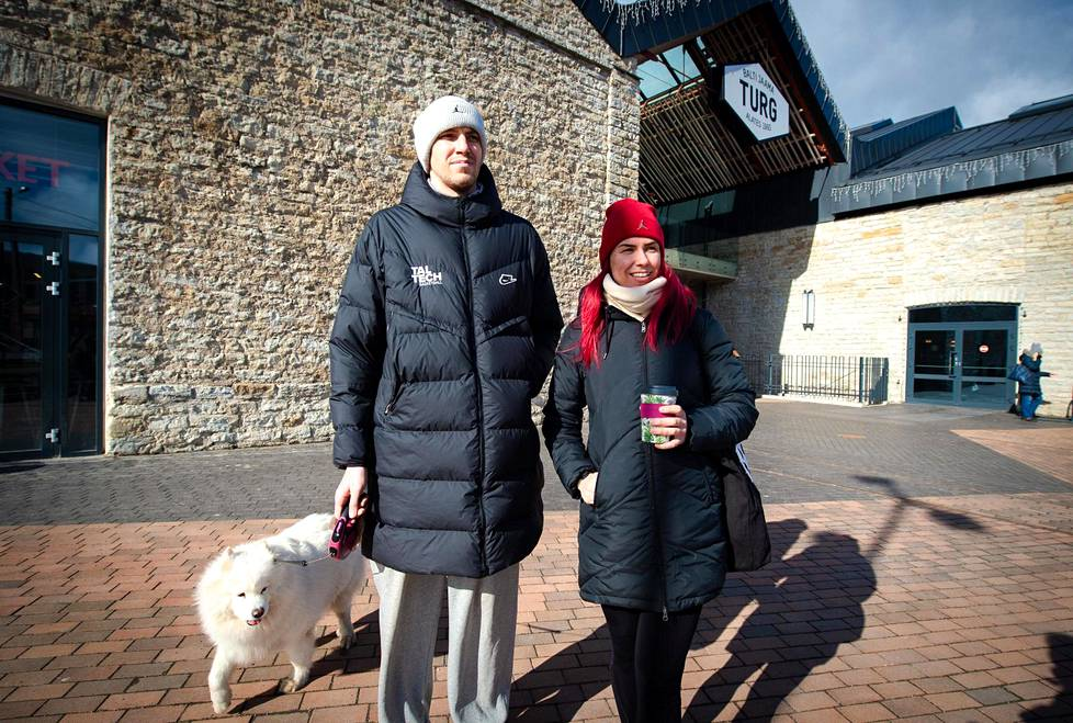 """Professional athletes Toomas Raadik and Jaanika Veldre were walking the Cherry dog.  """"It feels amazing how the virus can still spread so widely, even though there are so many restrictions,"""" Raadik says."""