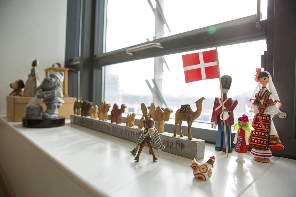 Souvenirs in Vestager's office.